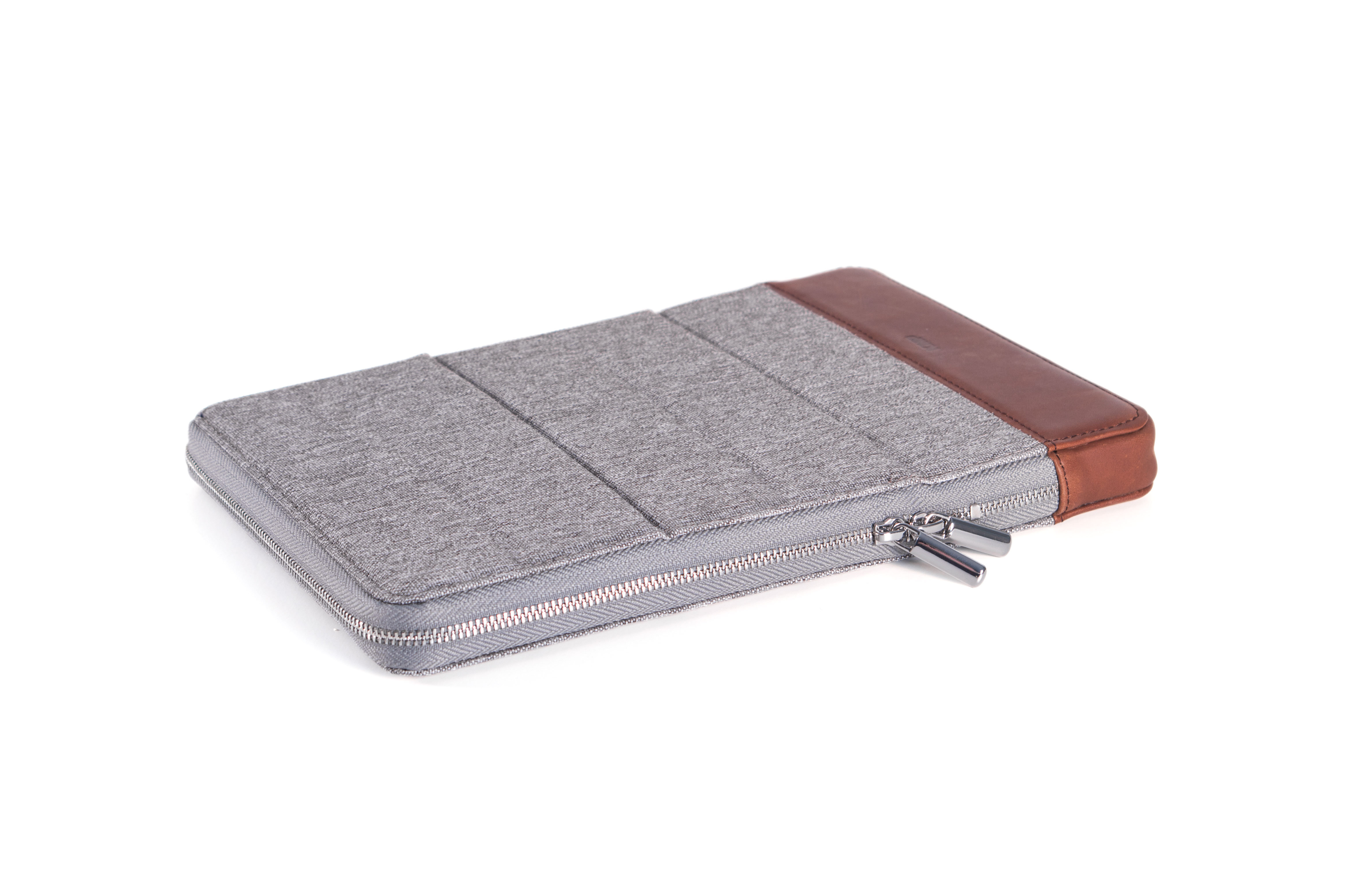 "KMP Protective Sleeve f. iPad 9,7""/10,5"", Grau/Braun"